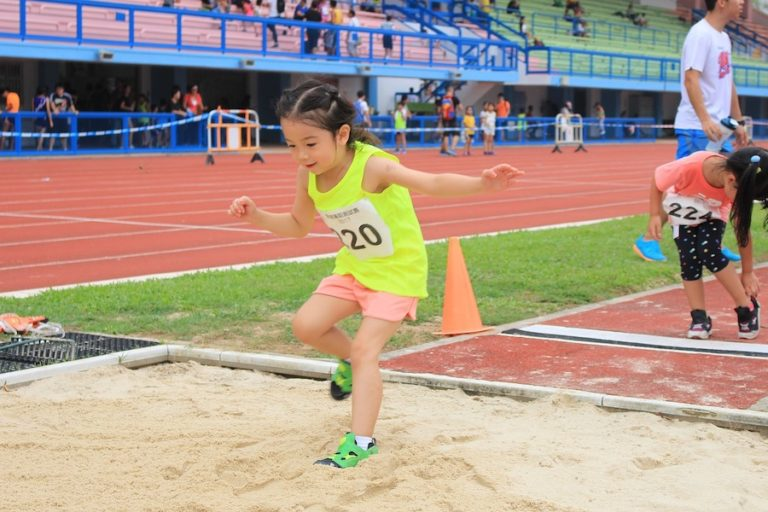 How to teach triple jump to beginners.